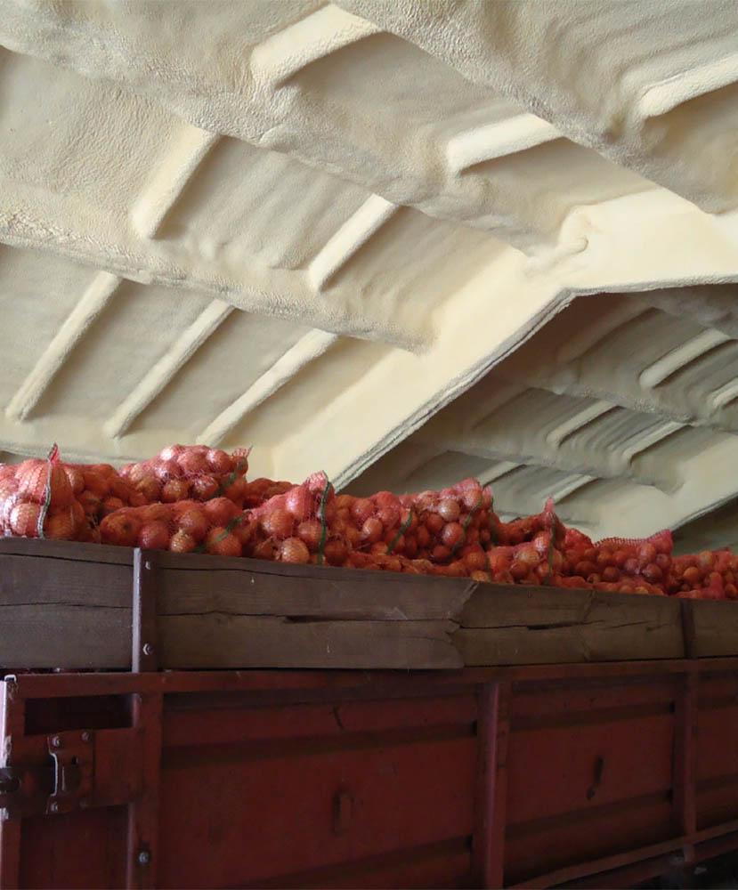 Фото Теплоизоляция пенополиуретаном складов, зернохранилищ и овощехранилищ